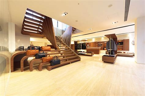 Check Out Aston Martin's New Flagship Showroom In Tokyo [w