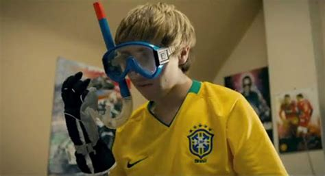 Inbetweeners' Jay Applies to be Crystal Palace Manager
