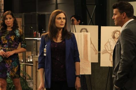 Bones Season 8 Episode 11 The Archaeologist in the Cocoon