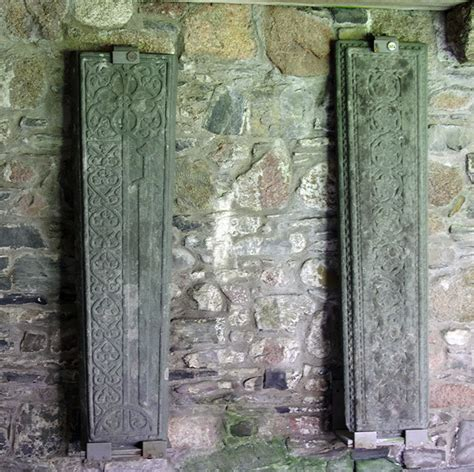 Review 'Iona Abbey': Iona Abbey Part 4 - The Cloisters
