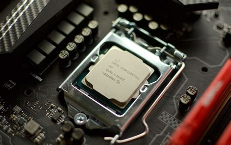Intel tells Core i7-7700K owners to stop overclocking to
