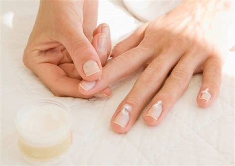Top 10 Ways to Grow Faster Strong and Healthy Nails - Top