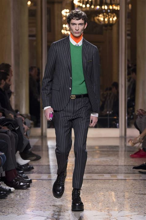 VERSACE FALL WINTER 2018 MEN'S COLLECTION | The Skinny Beep