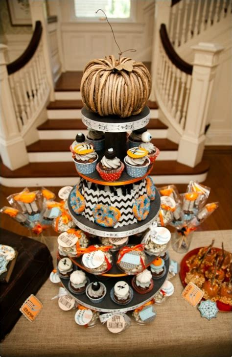 Wickedly Cute Halloween Party Ideas - Spaceships and Laser