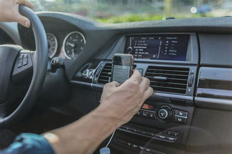 Is Bluetooth or Aux Better For Audio Quality in Cars?