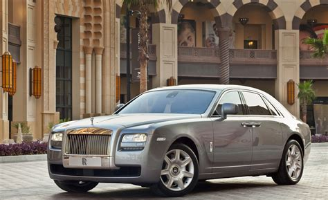 Rolls-Royce Ghost to Get Coupe, Convertible and Long