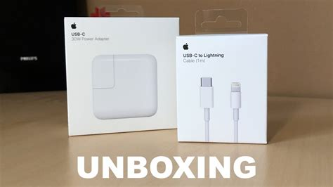 Apple 30W Power Adapter & USB-C to Lightning Cable