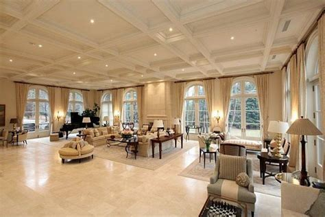 19 best images about biggest houses ever on Pinterest